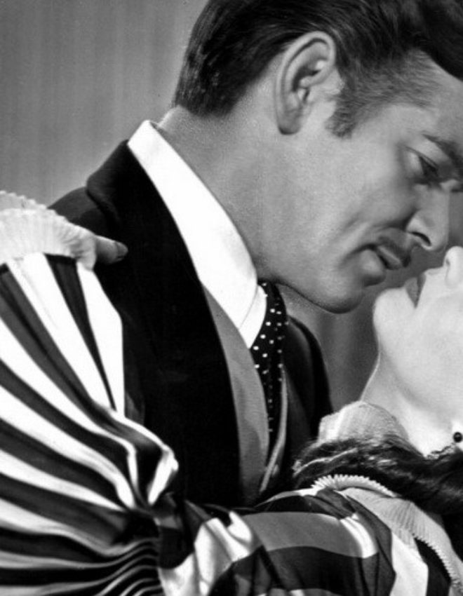"Memorable Golden Age Kiss Sentence:""Frankly, my dear, I don't give a damn!"""